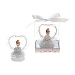Mega Favors - Lady in Front of Heart Poly Resin in Gift Box - White