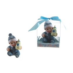 Mega Favors - Baby Wearing Winter Clothes Poly Resin in Gift Box - Blue