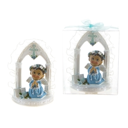 Mega Favors - Ethnic Toddler Praying Under Arch with Wings in Clear Box - Blue