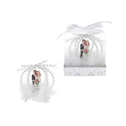 Mega Favors - Wedding Couple in Carriage Poly Resin in Gift Box - White